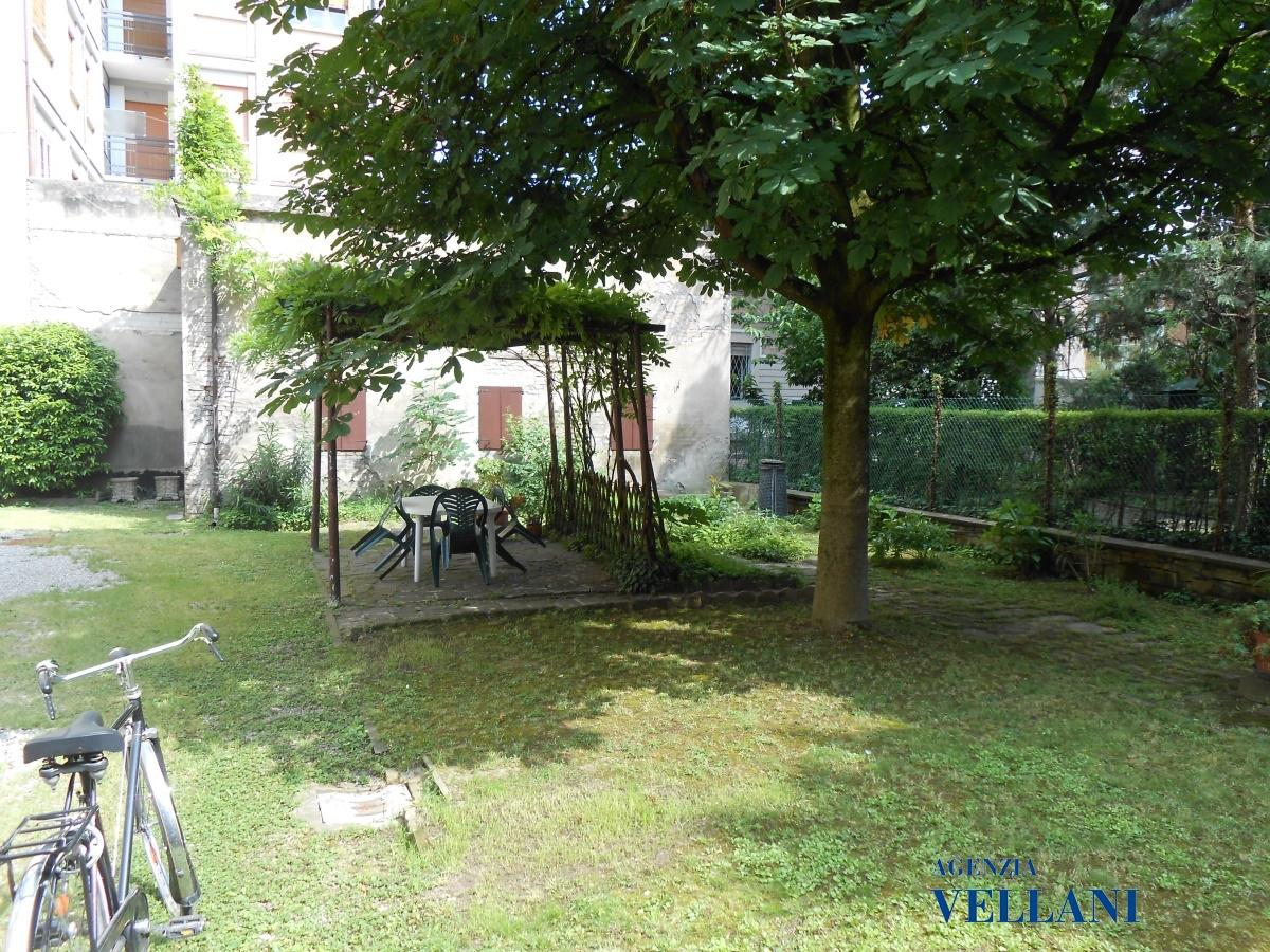 Villa in vendita a Carpi, 13 locali, prezzo € 450.000 | Cambio Casa.it