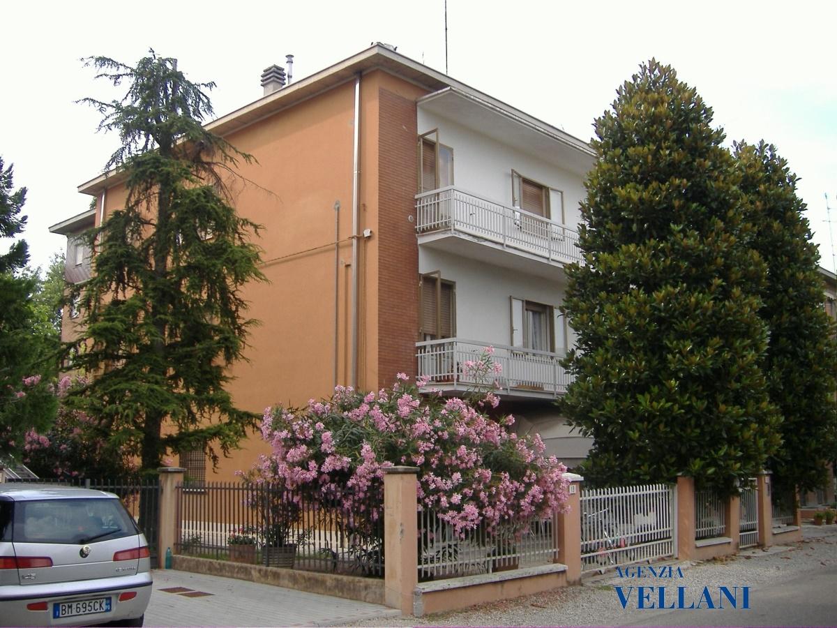 Villa in vendita a Carpi, 5 locali, prezzo € 435.000 | Cambio Casa.it